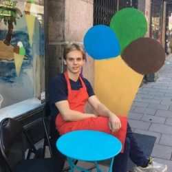Youngest ice cream seller in Södermalm?
