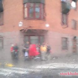Driving in the rain – Stockholm today (Rain in Stockholm)